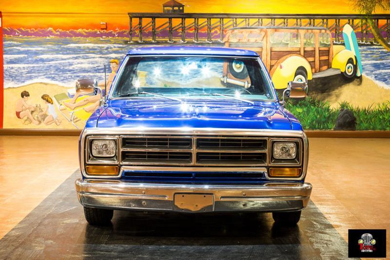 1987 Dodge RAM 150 10