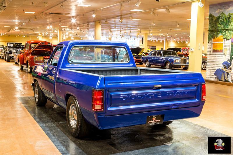 1987 Dodge RAM 150 20