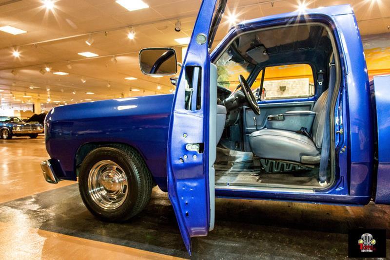 1987 Dodge RAM 150 34