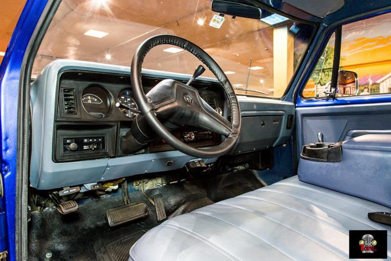 1987 Dodge RAM 150 41