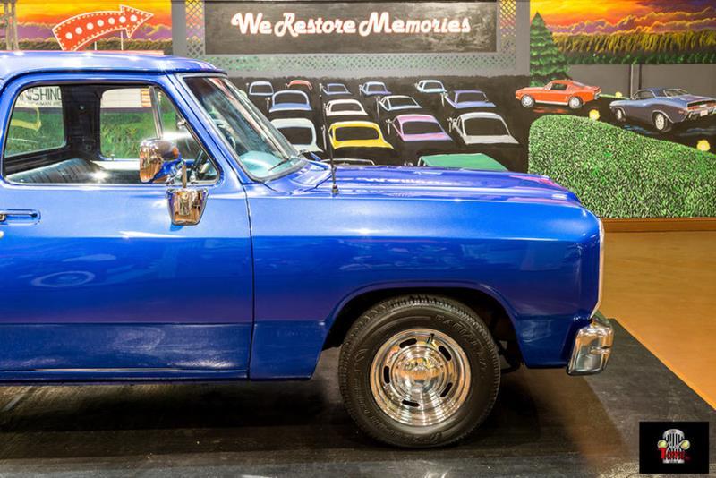 1987 Dodge RAM 150 27