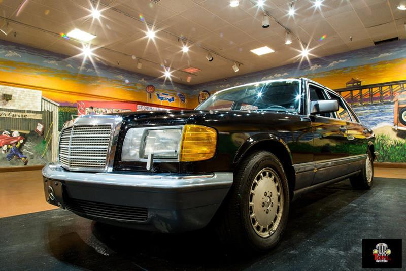 1990 Mercedes-Benz 560-Class 5