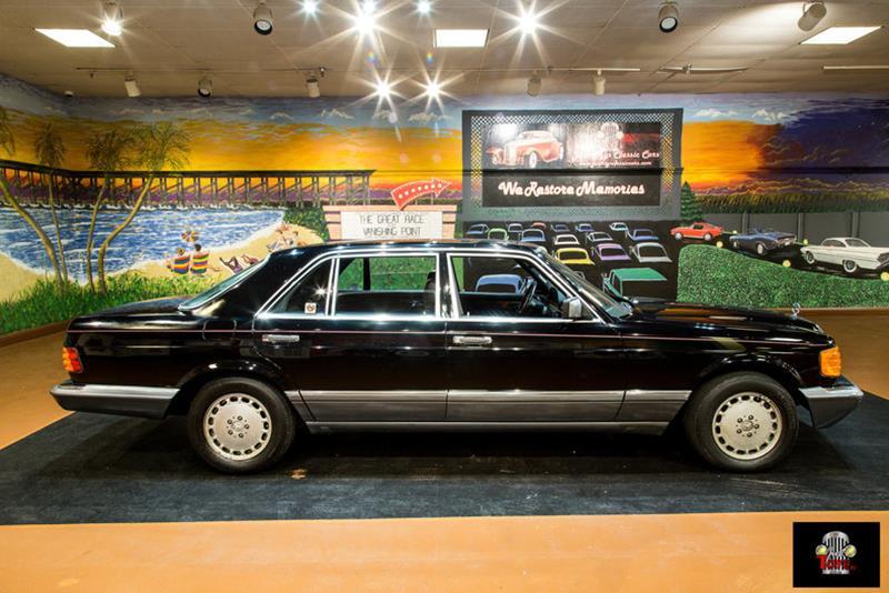 1990 Mercedes-Benz 560-Class 22