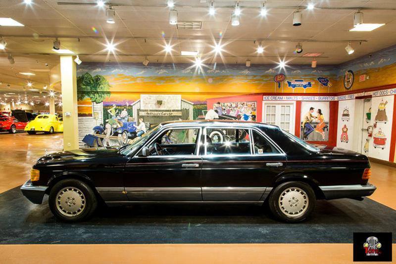 1990 Mercedes-Benz 560-Class 15