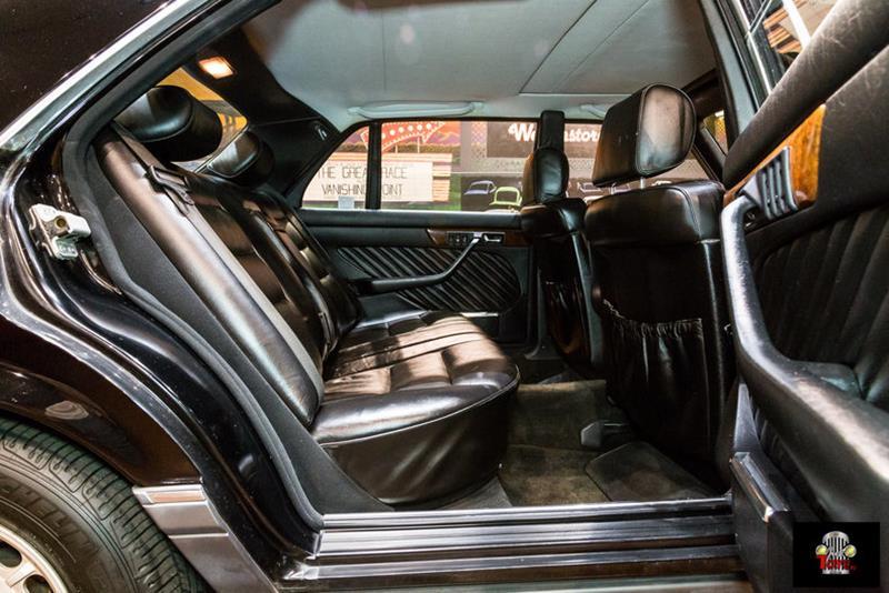 1990 Mercedes-Benz 560-Class 54