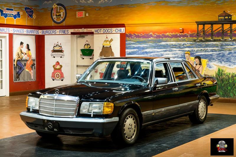 1990 Mercedes-Benz 560-Class 11
