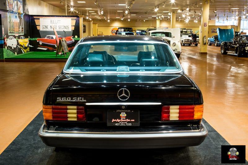 1990 Mercedes-Benz 560-Class 18