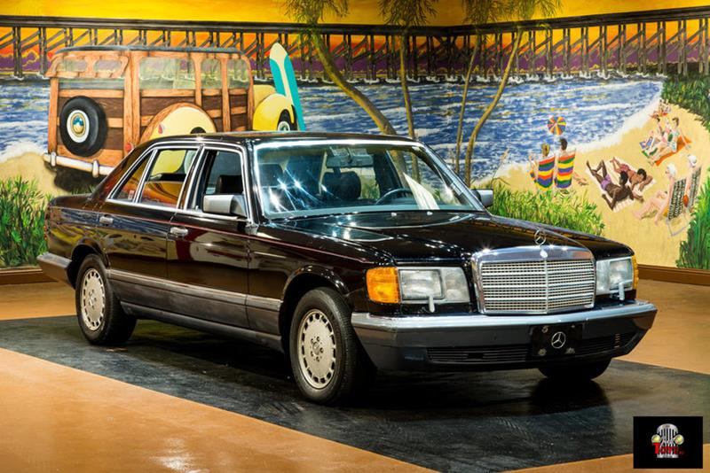1990 Mercedes-Benz 560-Class 9