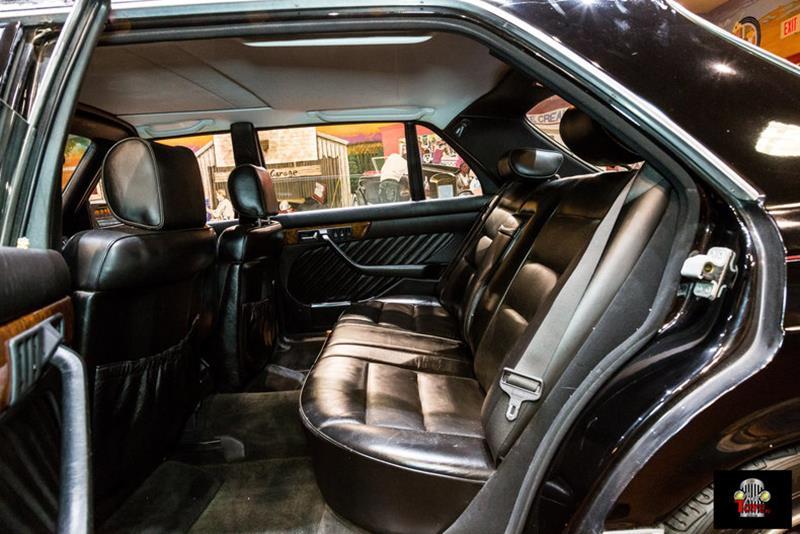 1990 Mercedes-Benz 560-Class 50