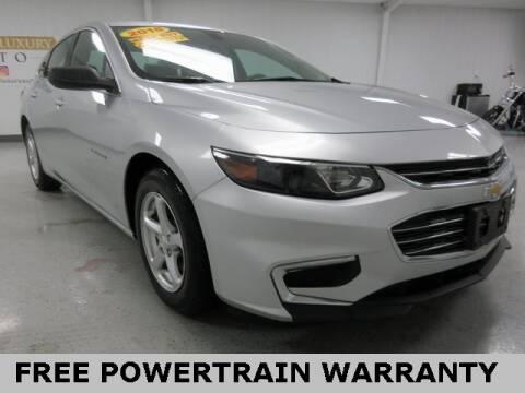 2018 Chevrolet Malibu for sale at Sports & Luxury Auto in Blue Springs MO