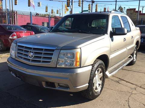 2002 Cadillac Escalade EXT for sale in Detroit, MI