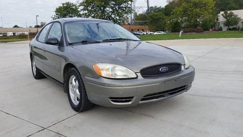 2004 Ford Taurus for sale in Warrensville Heights, OH