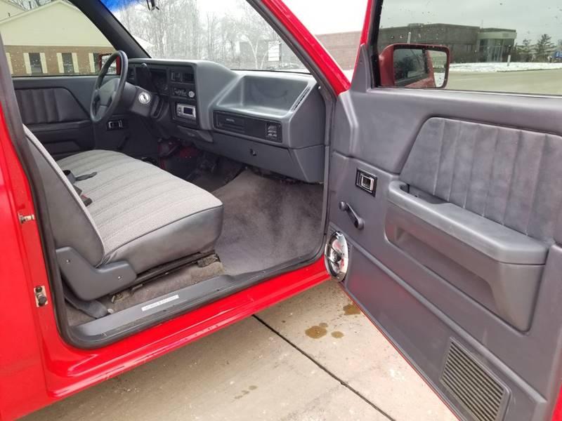 1992 Dodge Dakota Sport (image 19)