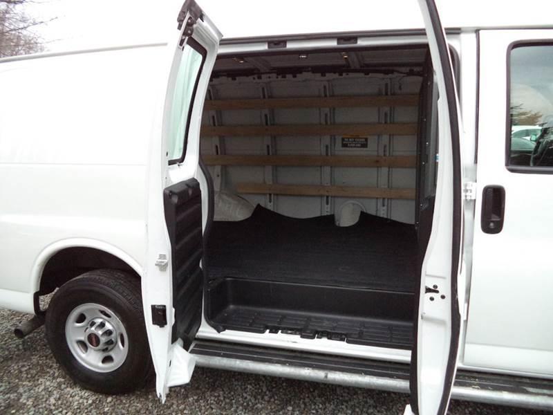 2015 GMC Savana Cargo 2500 3dr Cargo Van w/1WT - Warrensville Heights OH