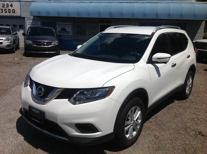 2016 Nissan Rogue for sale at CHAGRIN VALLEY AUTO BROKERS INC in Cleveland OH