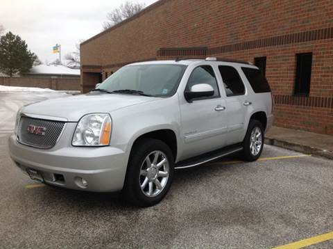 2010 GMC Yukon for sale at CHAGRIN VALLEY AUTO BROKERS INC in Cleveland OH