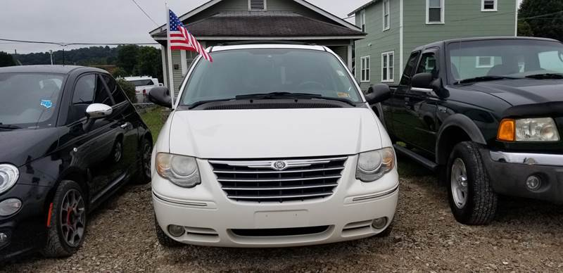 2006 Chrysler Town and Country for sale at Sissonville Used Cars in Charleston WV