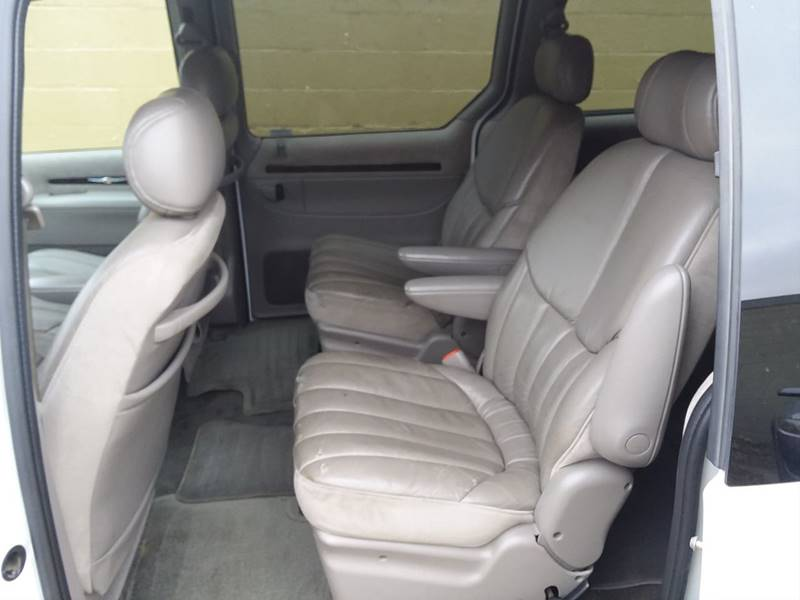 20+ 1999 Chrysler Town And Country Interior