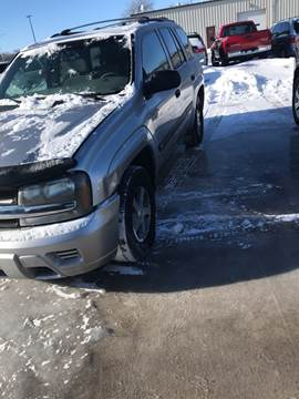 2004 Chevrolet TrailBlazer LS for sale at El Rancho Auto Sales in Marshall MN