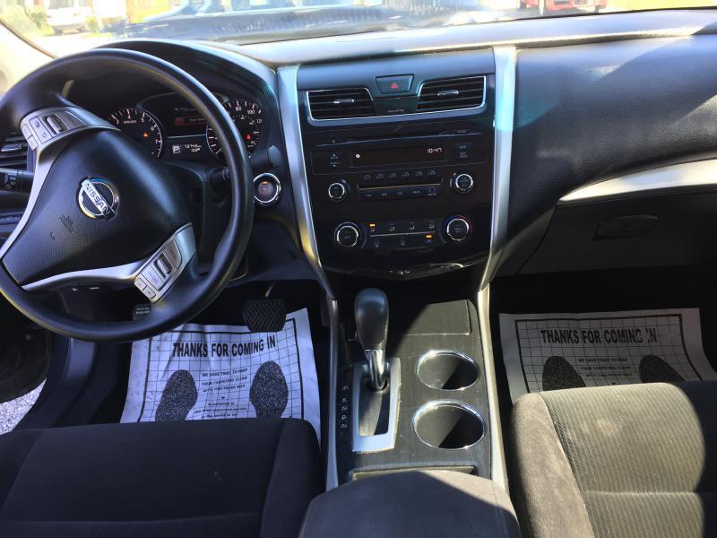 2013 Nissan Altima 2.5 4dr Sedan - Houston TX