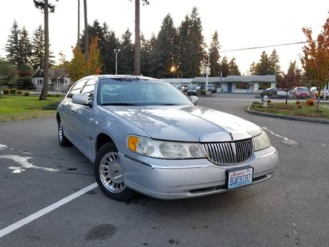 2000 Lincoln Town Car for sale in Puyallup, WA