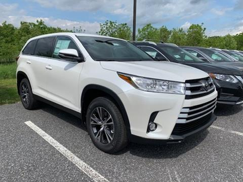 2019 Toyota Highlander for sale in Chambersburg, PA