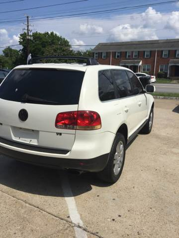 2005 Volkswagen Touareg AWD V8 4dr SUV - Portsmouth VA