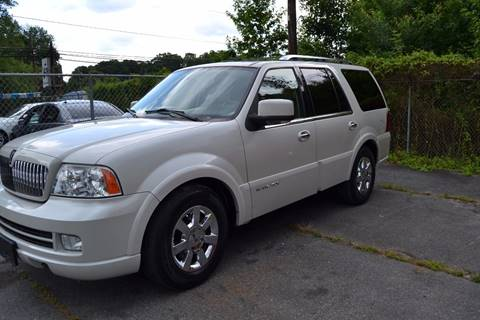 2006 Lincoln Navigator for sale at Victory Auto Sales in Randleman NC