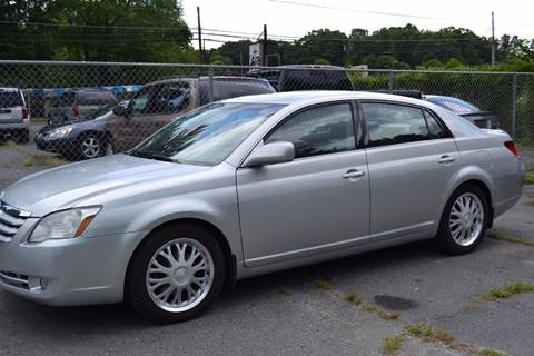 2005 Toyota Avalon for sale at Victory Auto Sales in Randleman NC