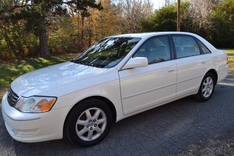 2004 Toyota Avalon for sale at Victory Auto Sales in Randleman NC