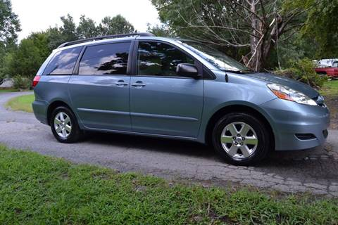 2009 Toyota Sienna for sale at Victory Auto Sales in Randleman NC