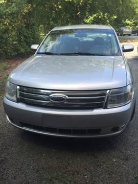 2009 Ford Taurus for sale at Victory Auto Sales in Randleman NC