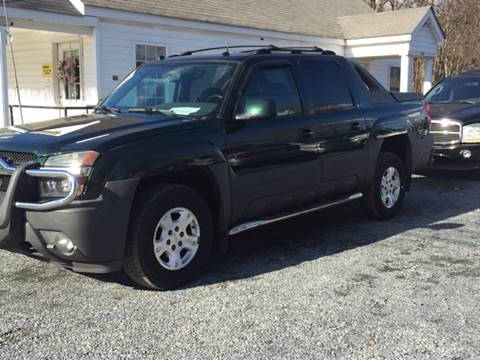 2004 Chevrolet Avalanche for sale at Victory Auto Sales in Randleman NC