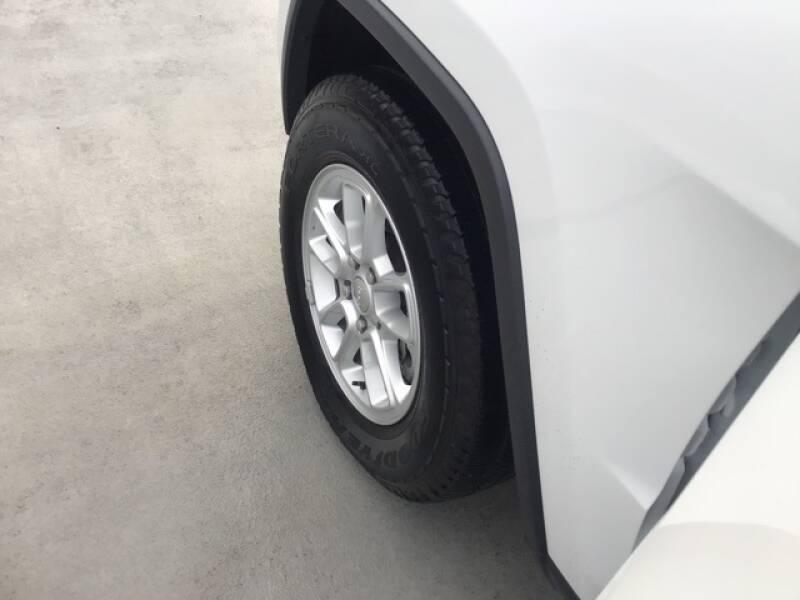 2018 Jeep Grand Cherokee Laredo (image 16)