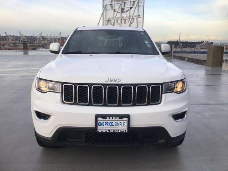 2018 Jeep Grand Cherokee Laredo (image 4)