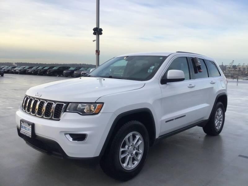 2018 Jeep Grand Cherokee Laredo (image 5)