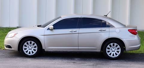 2013 Chrysler 200 for sale in Davie, FL