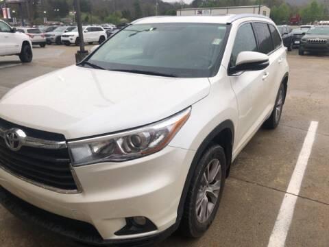 2015 Toyota Highlander XLE for sale at Tim Short Superstore in Pikeville KY
