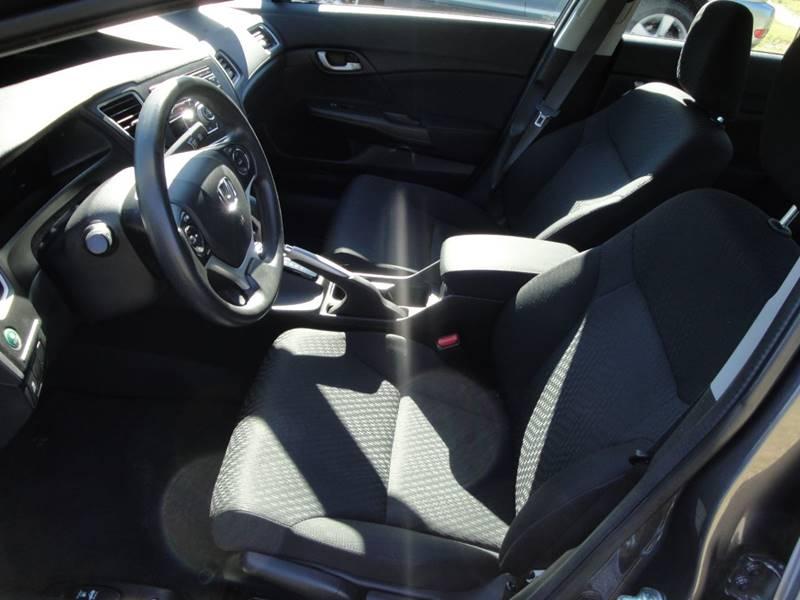 2015 Honda Civic LX (image 9)