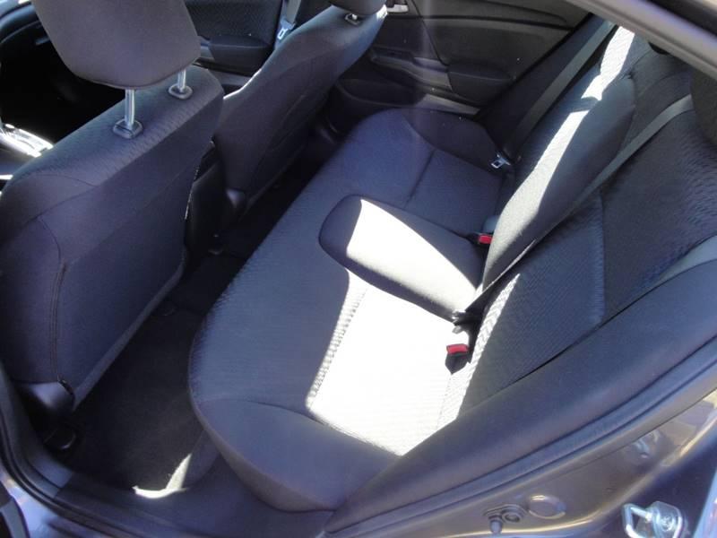 2015 Honda Civic LX (image 10)