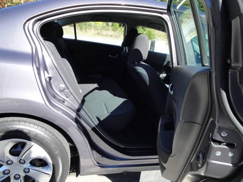 2015 Honda Civic LX (image 13)