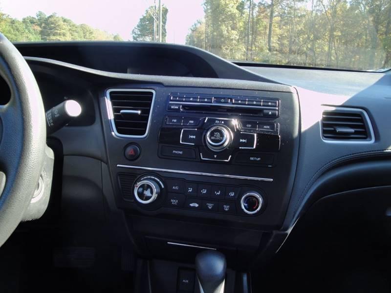 2015 Honda Civic LX (image 20)