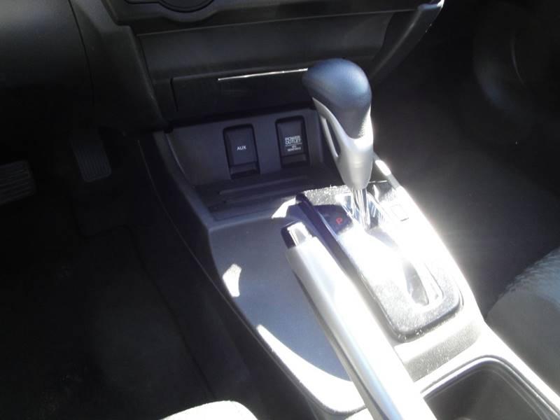 2015 Honda Civic LX (image 21)