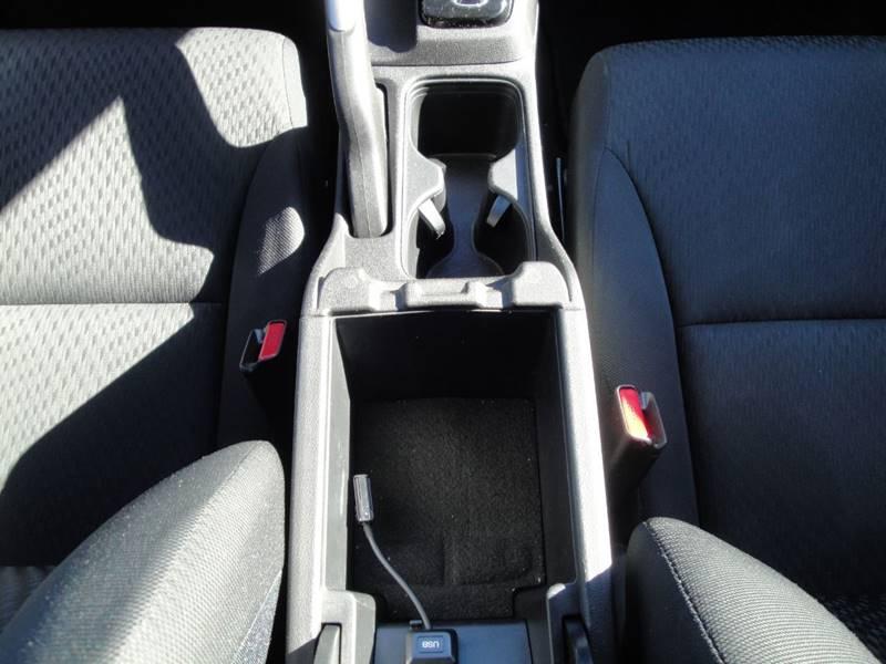 2015 Honda Civic LX (image 22)