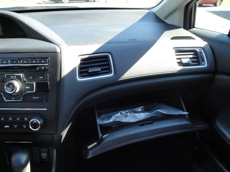 2015 Honda Civic LX (image 24)