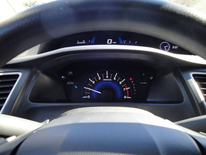2015 Honda Civic LX (image 27)
