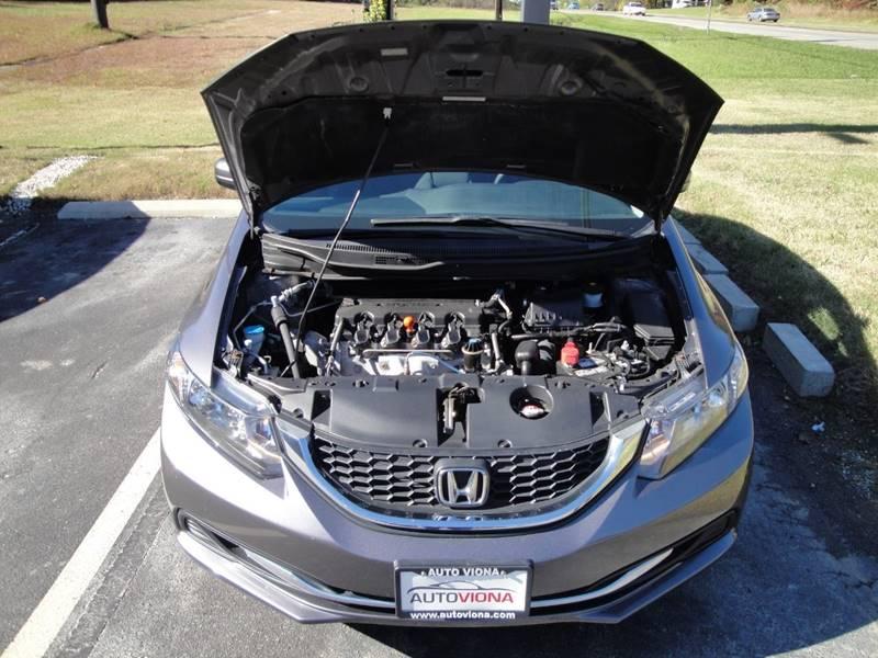 2015 Honda Civic LX (image 32)
