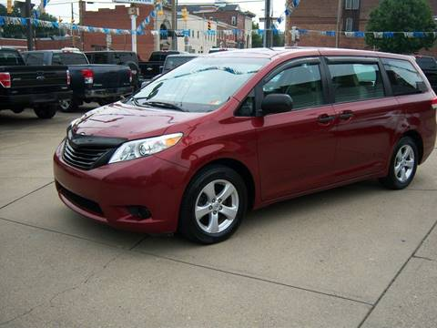 2011 Toyota Sienna for sale in Moundsville, WV