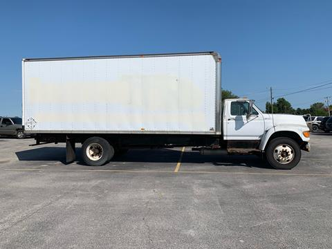 1999 Ford F-800 for sale in Gibsonburg, OH