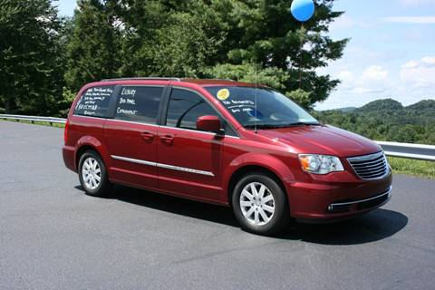 2016 Chrysler Town and Country for sale at Leonard Auto Sales in Cedar Bluff VA
